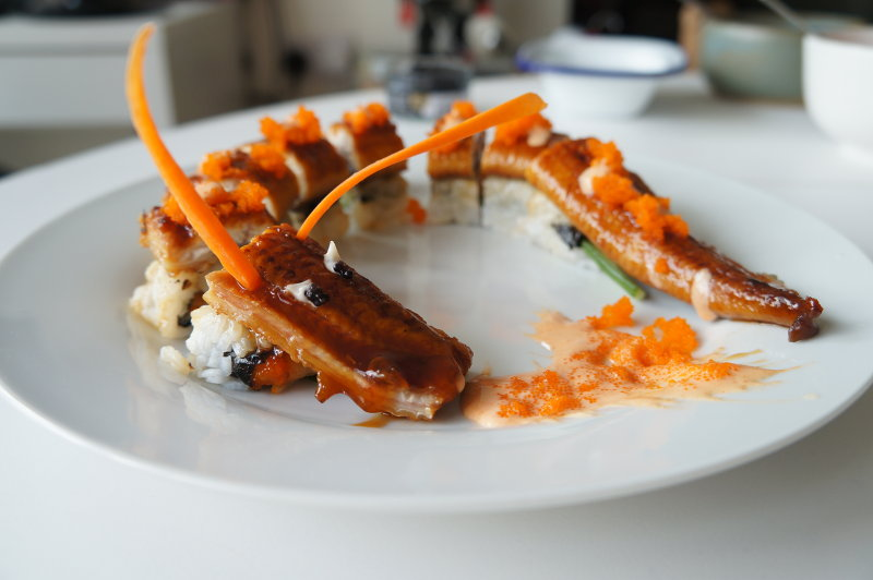 dragon-roll-sushi-ready